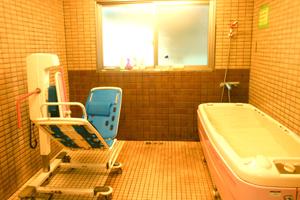 寝たきりの方も入浴できます!!