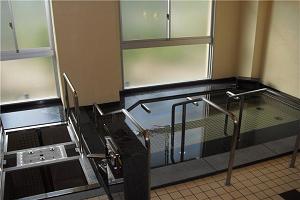 特浴も可能な浴室